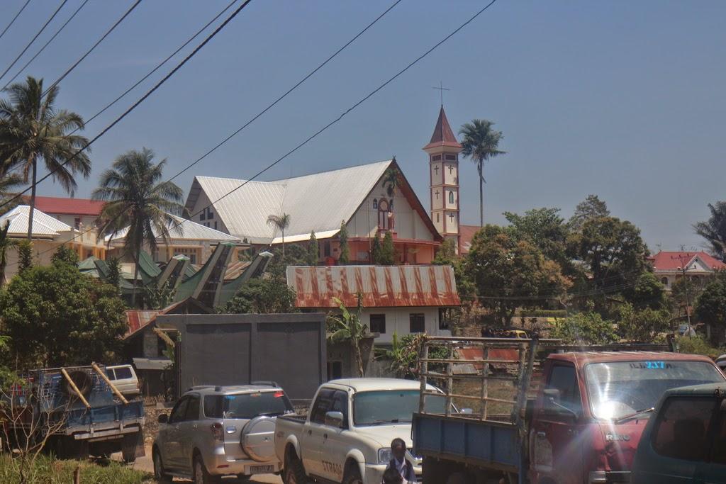 Géométrie du plan, équation de cercle, Al-Kashi, point d'intersection, première, Rantepao, Toraja