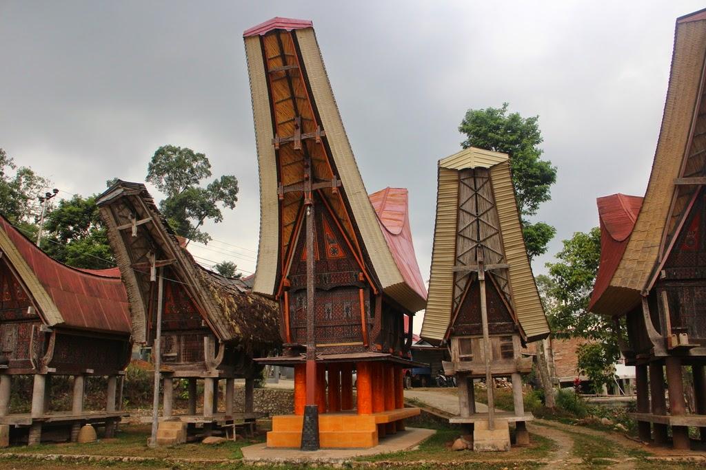 Exercice, inéquations, tableaux de signes, factorisation, identité, seconde, Rantepao, Toraja