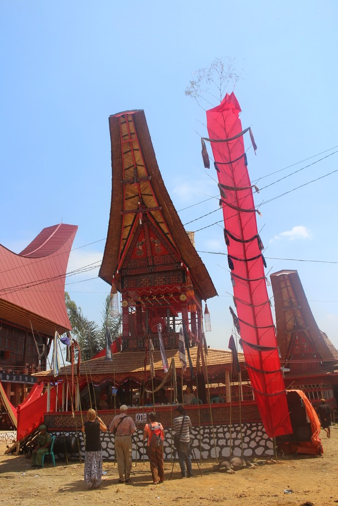 Géométrie 3D, exercice, section, tétraèdre, plan, droite, seconde, Toraja, Sulawesi