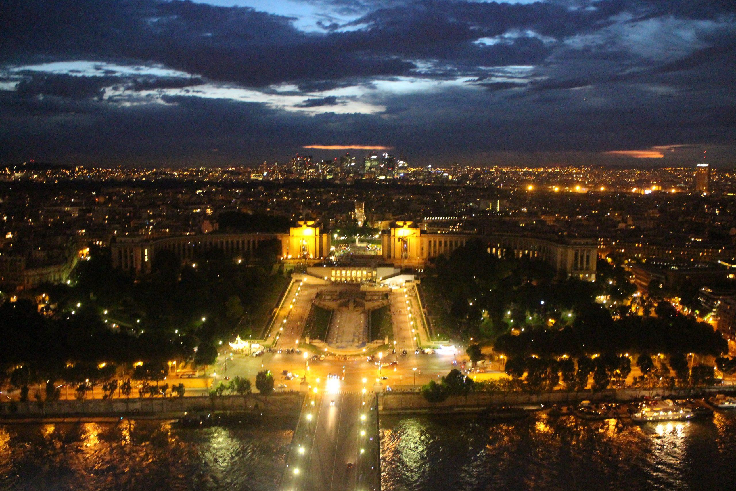 Suites, arithmétique, géométrique, raison, somme, première, Trocadéro, Paris